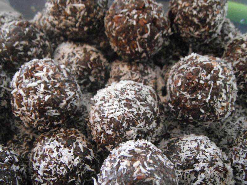 Healthy Recipes: Protein Chocolate Fudge Balls
